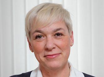 Blanka Žerjav  Vodja službe za kadre in nagrajevanje Henkel Ardia regije