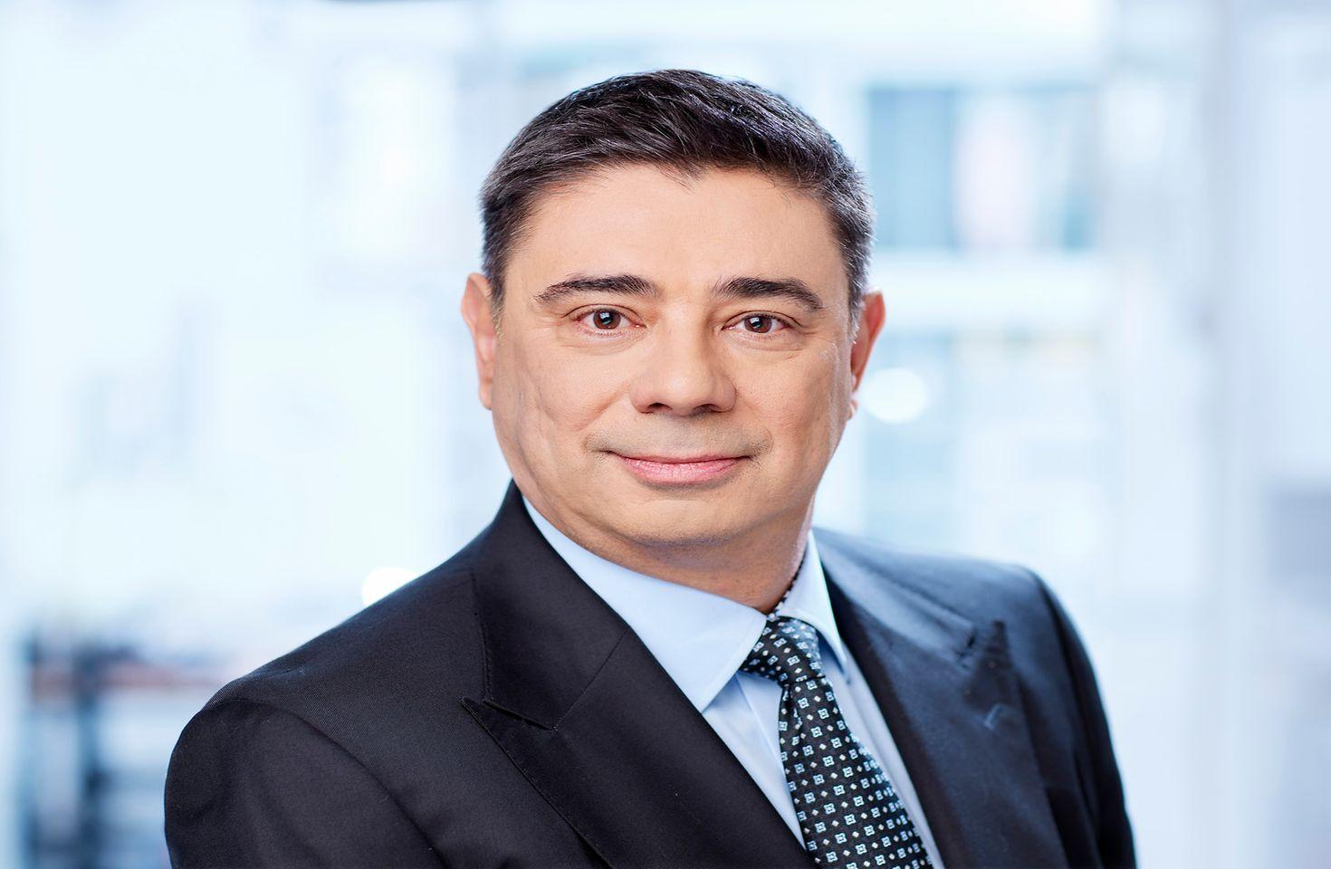 Piotr Ciborowski  Dyrektor Zarządzający Adhesive Technologies